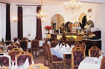 <a href='/egypt/hotels/albatrosroyal/'>Albatros Royal Moderna Hotel</a>  5*